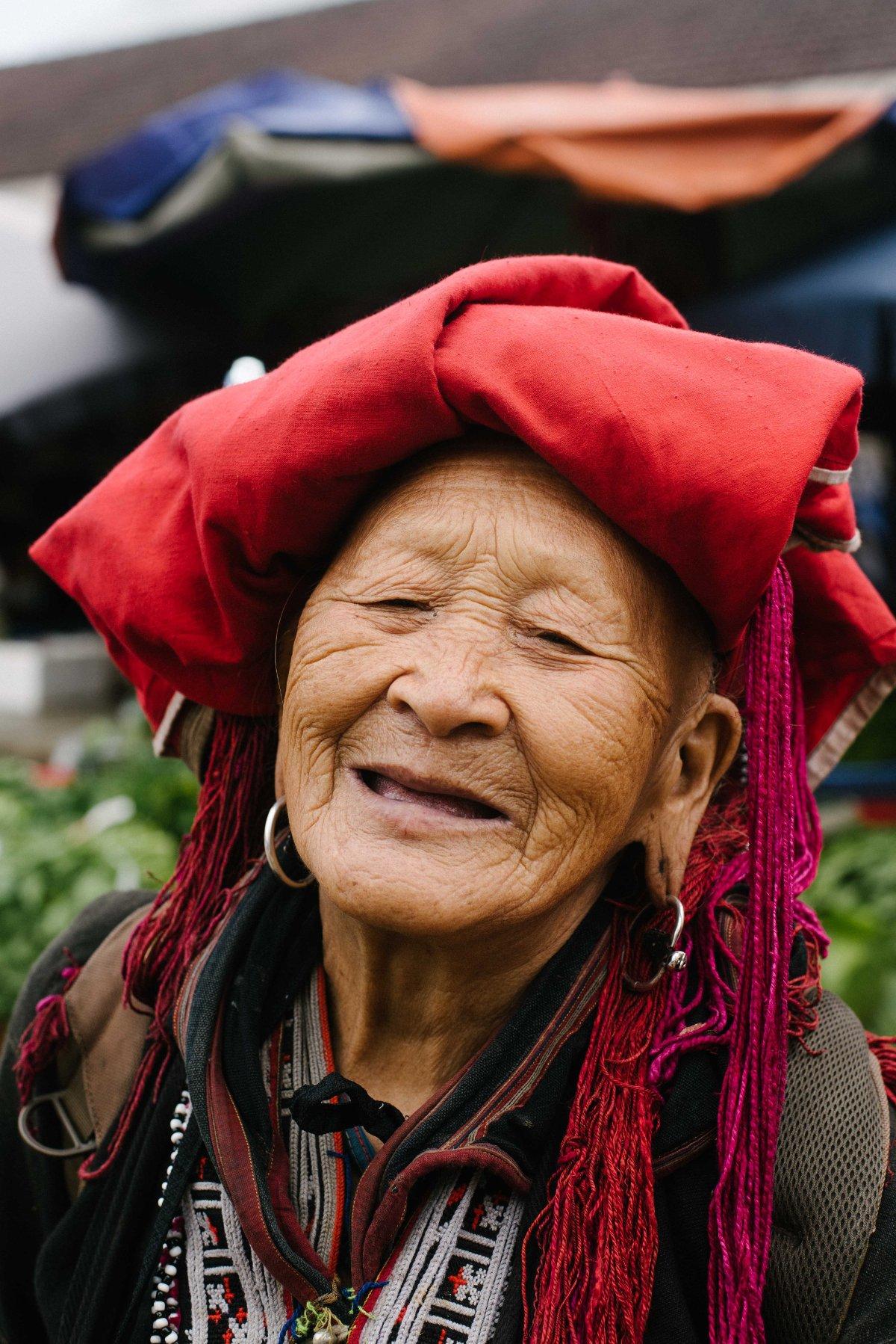 Donna Dao nel nord del Vietnam in abiti tradizionali