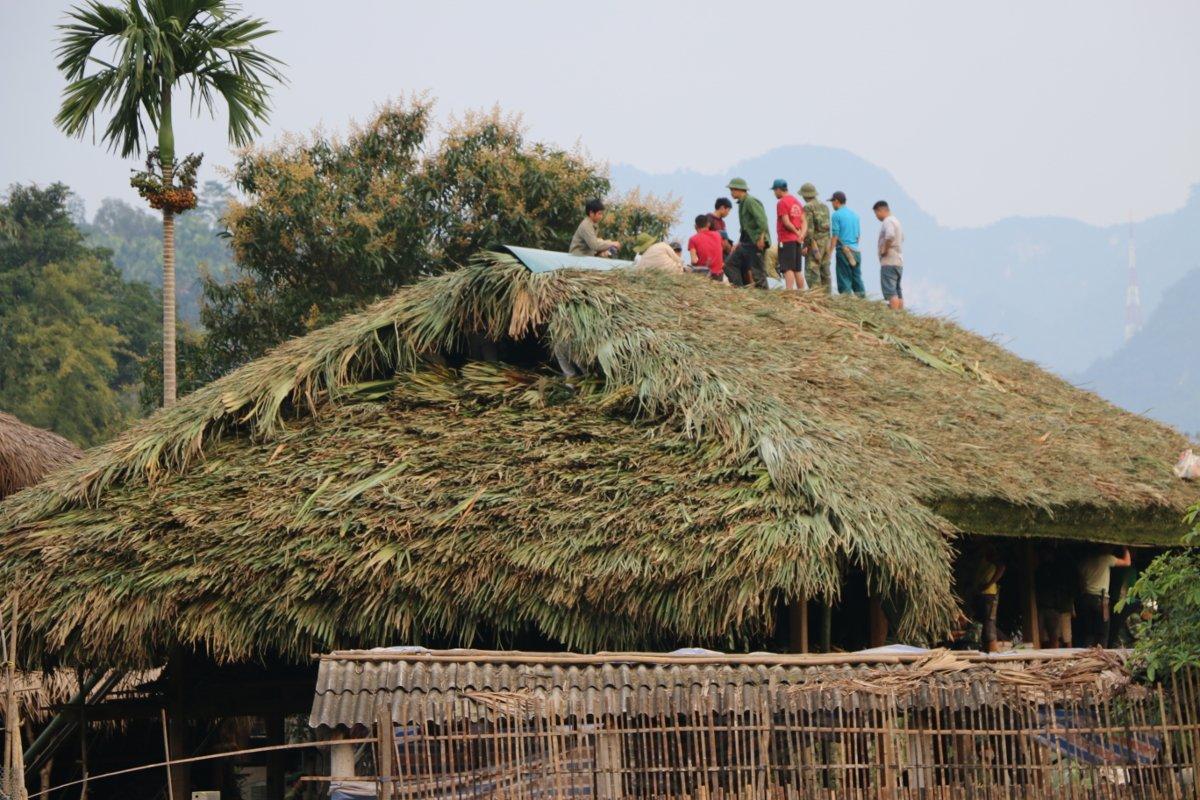 Costruzione tetto Vietnam del Nord